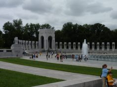 WWI Memorial looking at the Pacific monument.