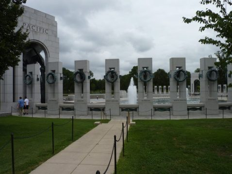 WWI Memorial fronm behind Pacific Monument