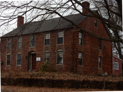 Allyn House