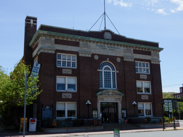 Warren Memorial Town Hall