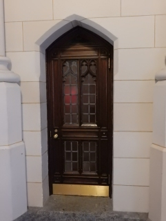 I really like this little door.