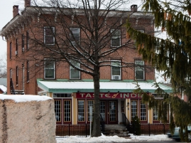 I think this used to be The Windsor House restaurant. It's been an Indian restaurant for several years.