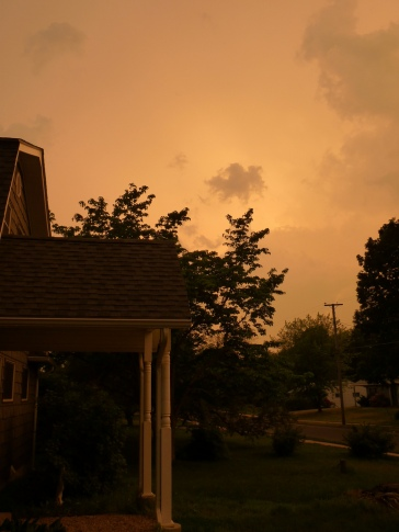 This is what the sky looked like about 10 miles south of Springfield, MA, as tornados were ripping through that city and surrounding towns. Unusual event, and very sad for those effected in our neighbor to the north.