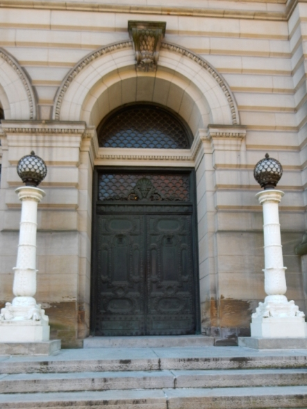 This is either a door to the Carnegie Library or the Carnegie Museum. The buildings run together.