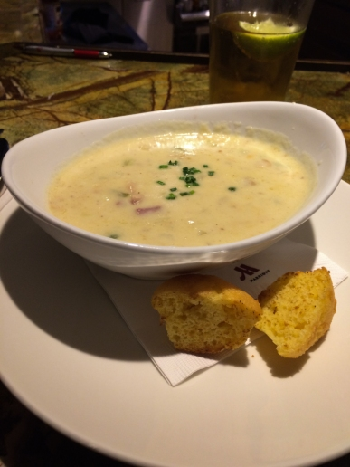 Clam chowder and those seriously mini-corn-muffins