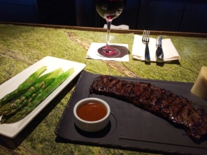 Skirt steak with asparagus and an upcharge