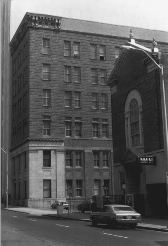 The date of this historic photo is unknown. I'm not sure why a church or a synagogue would have a Western Union office.