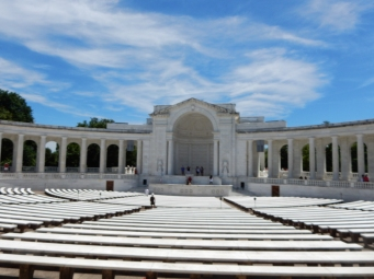 The amphitheater behind the Tomb of the Unknown Soldier