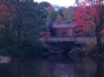 Barn near the train tracks that run parallel to the Windsor Locks Canal