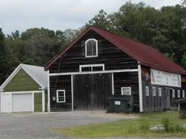 I love barn doors. I like those upper doors, too.
