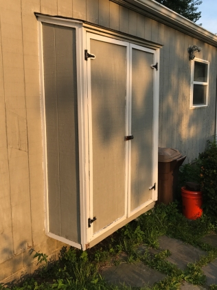 This is the existing seasonal shed. It's held up well, but it's time to move on.