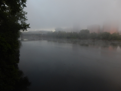 Hartford from the north end of Great River Park on the Bulkeley Bridge