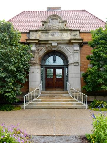 Phipps Hall of Botany