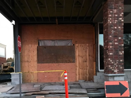 A little addition on the strip mall where Dunkin' Donuts is located. This one is special - I hit that brick column a couple of winters ago - skidded on black ice.
