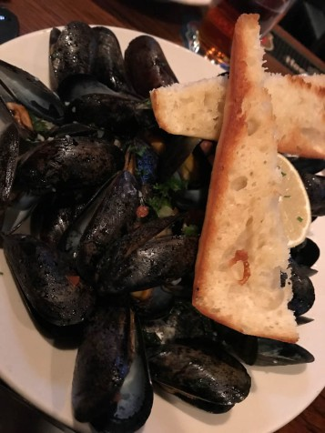 After sharing those tots, I had an order of Mussels