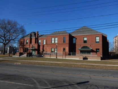 Raymond Library - East Hartford, CT