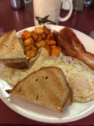 The day began with breakfast at Maddie's.