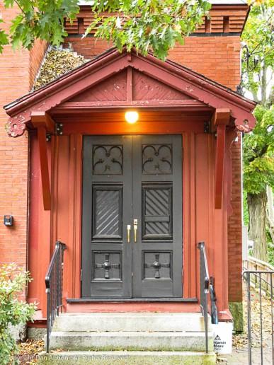 Front door of the Bennett Library