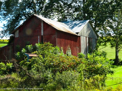 Central Pennsylvania barn that seems to need a little TLC.