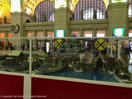 Miniature train display at Washington, DC's Union Station.