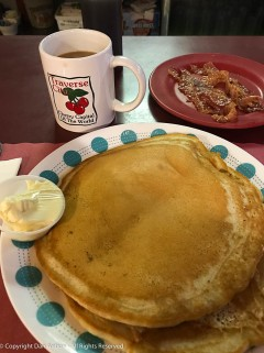 Breakfast at Maddie's makes up for early am shoveling.