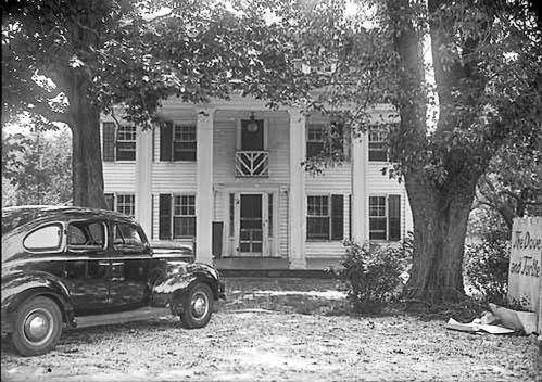 Dove and Turtle Inn - North Shore of Long Island - Shoreham.