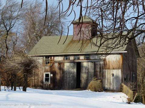 I love this barn!