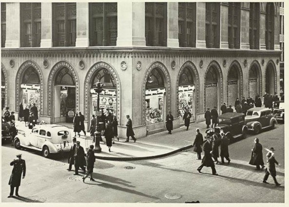 Walgreens - 292 Madison Avenue - East 41st Street Milstein - part of Wurts colection