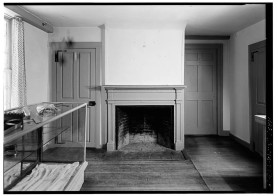 Wright Tavern - First floor southwest fireplace