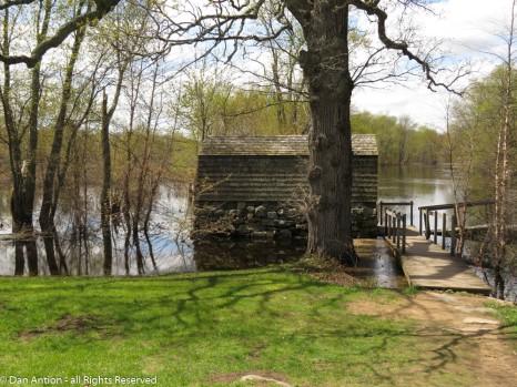 The Old Manse Boathouse.