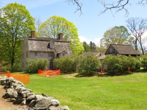 The Old Manse from the path coming up from the boathouse.