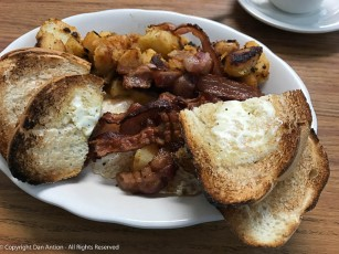 Breakfast at Allegro.