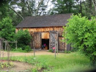 I really like this barn.