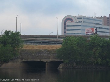 "A better view of the ""Candy Cane"" building and the outflow of The Hog River. They buried the river in the 1930's so it couldn't flood Hartford."