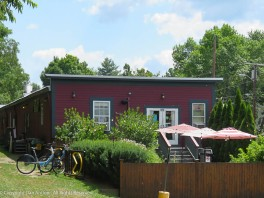 I think this is a little cafe on the Rail Trail.