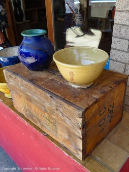 I like the bowls and the crate they're displayed on.