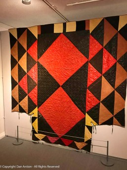This looks like some of the quilts I've seen being displayed in this era.
