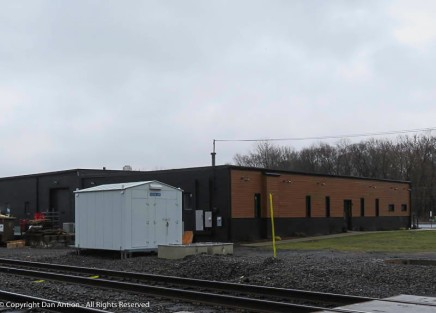 I like to see businesses near the railroad tracks - it's a sign of life.