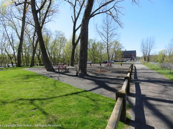 Picnic area and parking lot for the Canal Park