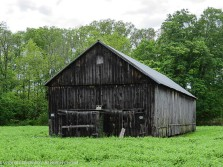 I'm sure most of my readers know that this is a tobacco barn.