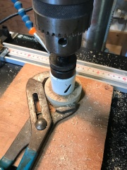The outer diameter can be chucked in the lathe