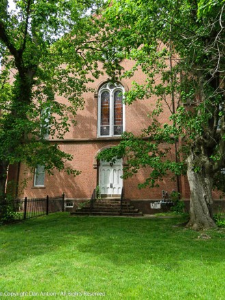 Another view of the Congregational Church in Suffield.