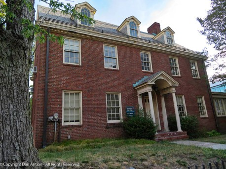 This is a house that Hartford Hospital bought (it's in the middle of their campus). It has some interesting details.