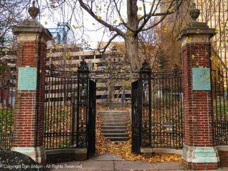 Entrance to Hartford's Ancient Burial Ground. The burial ground is located directly behind First Church.