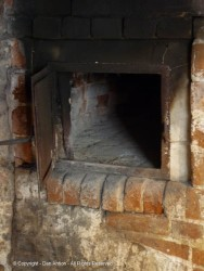 Here's the close up of the bread oven.