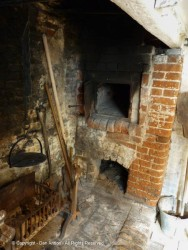 If you look close, there's a door on the bread oven.
