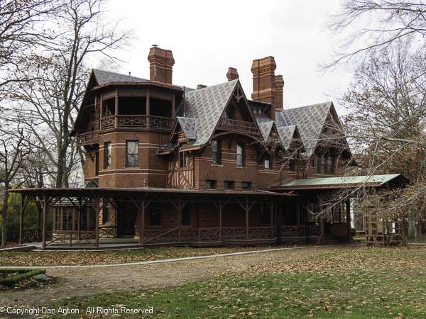 Mark Twain House viewed from the Harriet Beecher Stowe House.