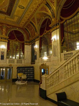 The main lobby. It does feel like you're in a palace.