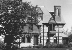 Katharine Seymour Day House from the NRHB Nomination form - looking north at the side entrance.