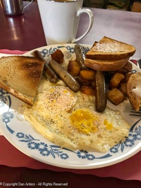 I like bread and butter, especially when it sits near eggs and sausage.